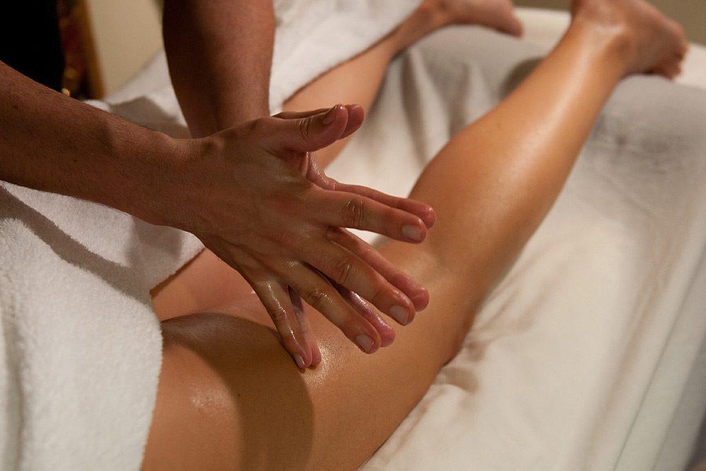 masaje corporal piernas Fran Barahona